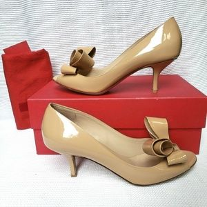 Valentino Couture Bow Pump in Beige